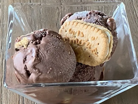 Rocky Road & S'mores Girl Scout Cookies Gelato