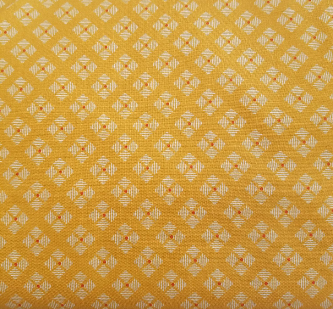 Lori Holt Bee Basics, Yellow stitched flower