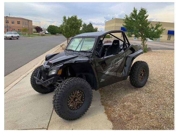 Wildcat XX Vented Glass Windshield with Wipers UTV Zilla - R1 Industries whips