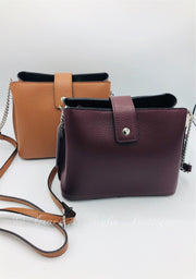 Petite Leather Bag in Wine