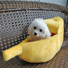 Load image into Gallery viewer, Warm banana dog bed 🍌🛌🐶😍 - PupiPlace