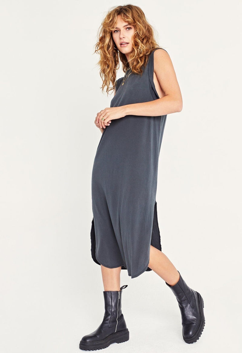 EASY TWIST SLEEVELESS DRESS
