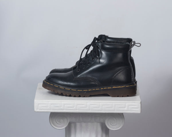 vintage doc martens boots made in England airwear docs