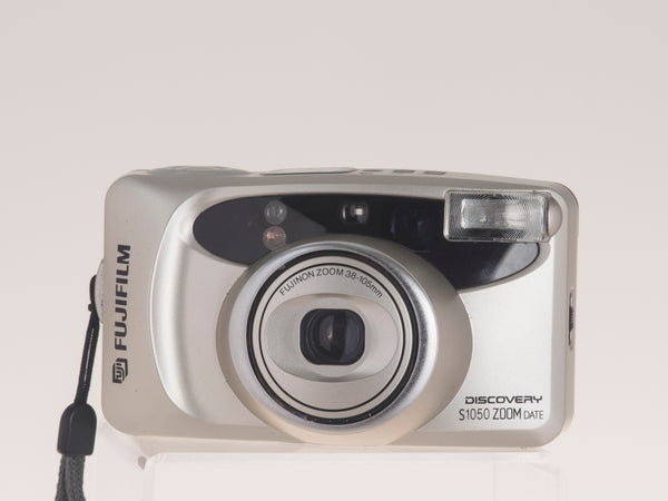 Fujifilm Discovery S1050 Zoom Date 35mm film camera front view