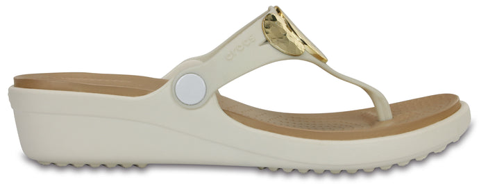 Sanrah Embellished Wedge Flip | Oyster/Gold
