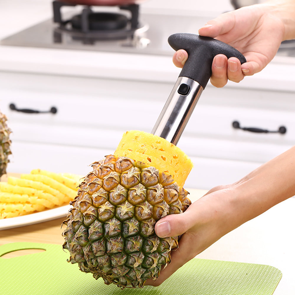 Juicy Pineapple Slicer