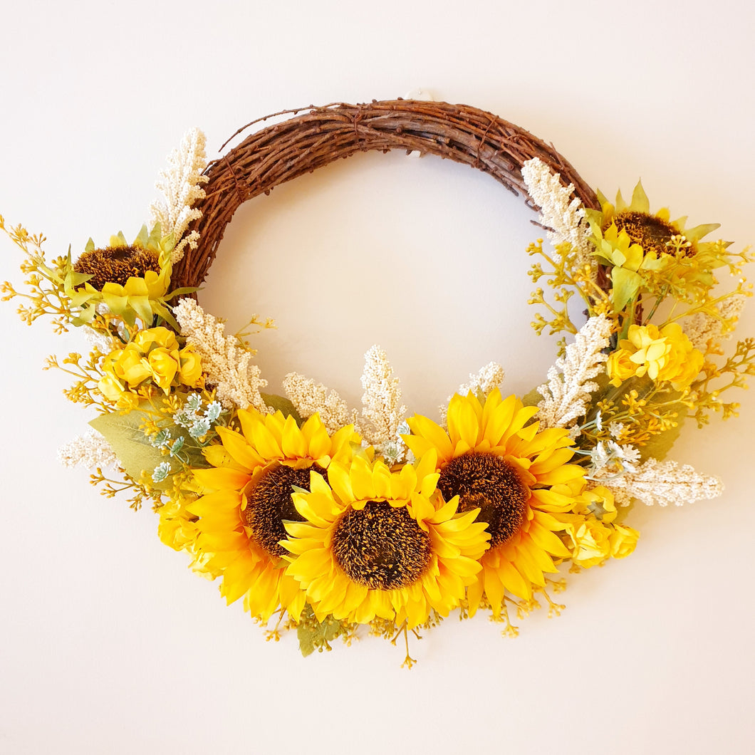Sunny Sunflower and early cheer Wreath