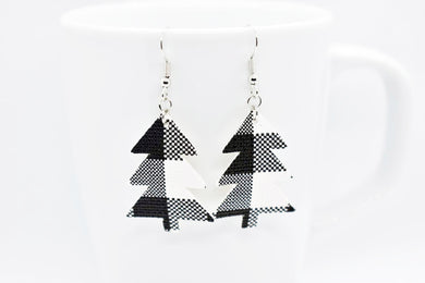FAUX LEATHER EARRINGS - WHITE BUFFALO CHECK CHRISTMAS TREE - Handmade Creations by Liz