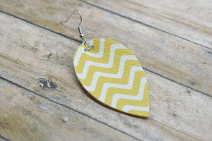 MUSTARD WAVES FAUX LEATHER EARRINGS - MAGNOLIA