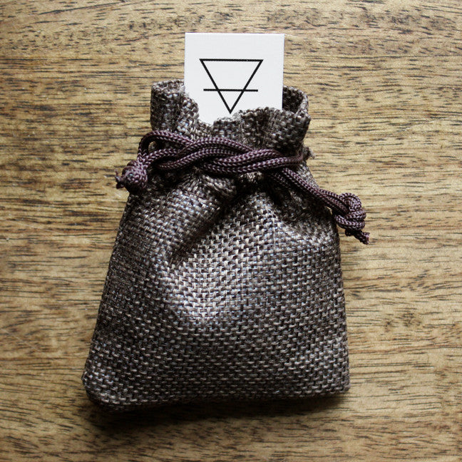 GROUNDING - Crystal Set with Card and Pouch