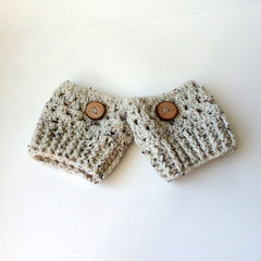 BOOT CUFFS WITH WOOD BUTTONS, HANDMADE AND CROCHET EXCLUSIVELY FOR ANNA SEE
