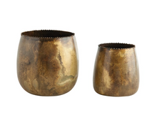 Load image into Gallery viewer, Metal Planters - set of 2