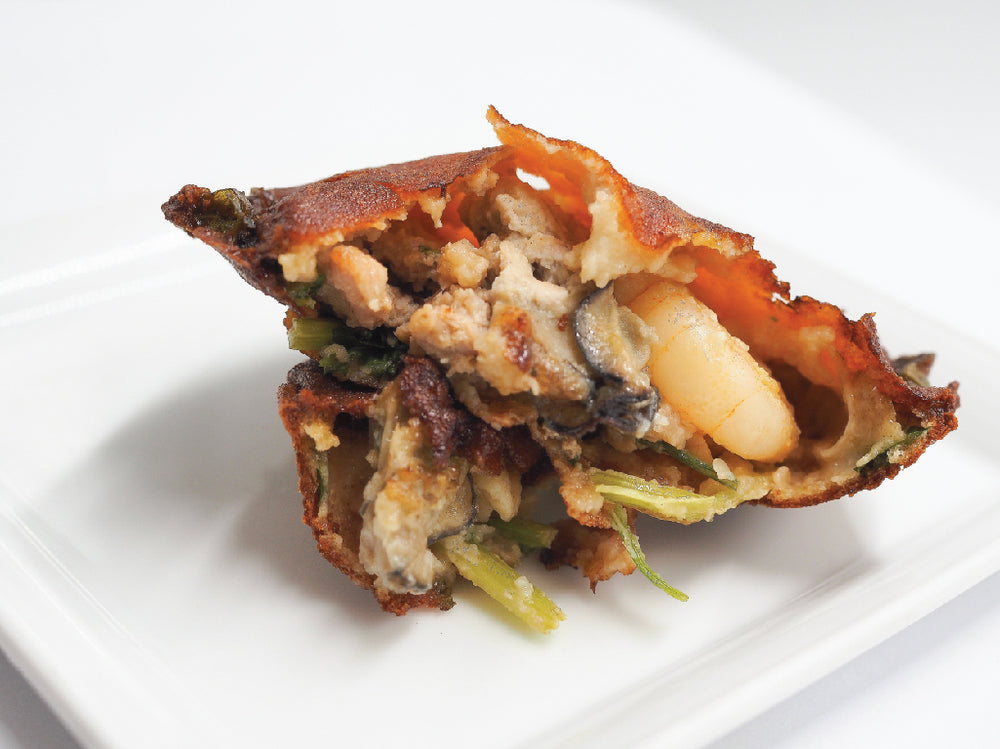 Load image into Gallery viewer, MAXWELL FUZHOU OYSTER CAKE - SG FOOD DELIVERY