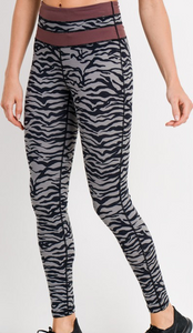 High-waist Tiger Leggings