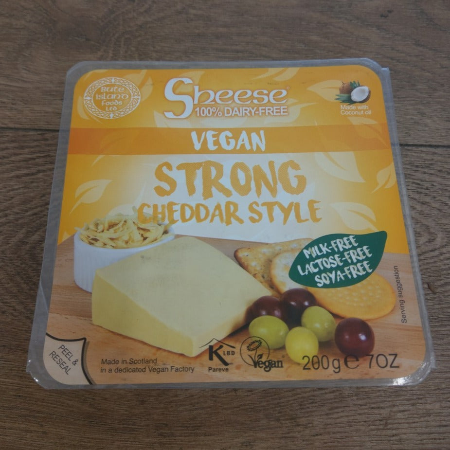 200g Bute Vegan Strong Melty Cheddar