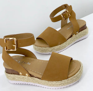 The Lily Sandal(Big Kids)