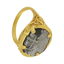 Load image into Gallery viewer, Spanish 1/2 Reale Coin set in Custom 14K Yellow Gold Ring, Size 7
