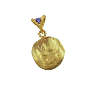 "12 December ""Birthshell"": 14K Yellow Gold Pendant: The Jingle Shell with Tanzanite"