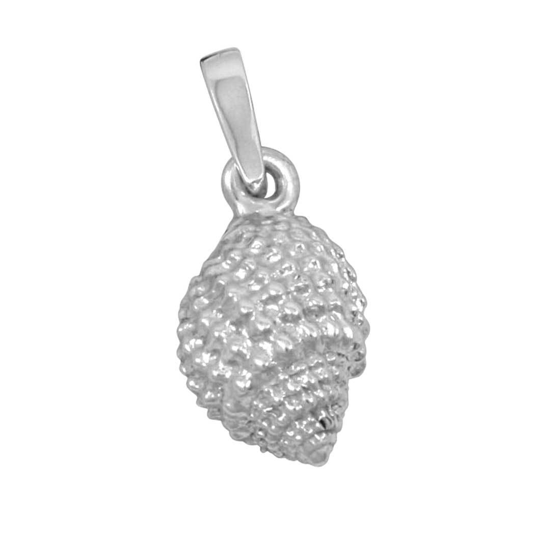Sterling Silver Medium Light Nutmeg Shell Pendant