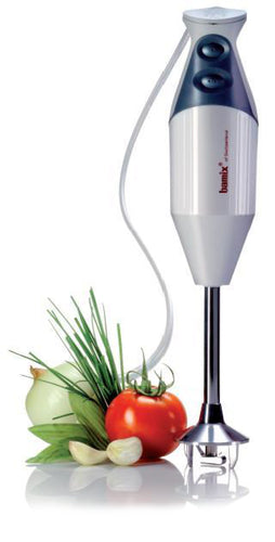 Hand blender with vegetables