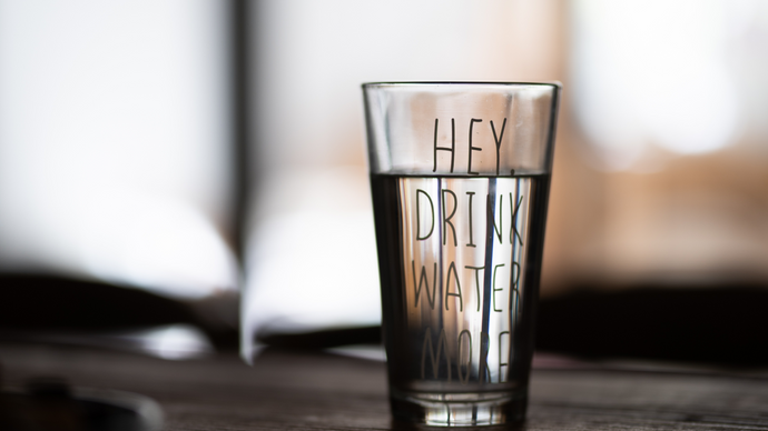 HOW MUCH WATER YOU SHOULD BE DRINKING?