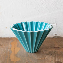Load image into Gallery viewer, Turquoise Origami Dripper