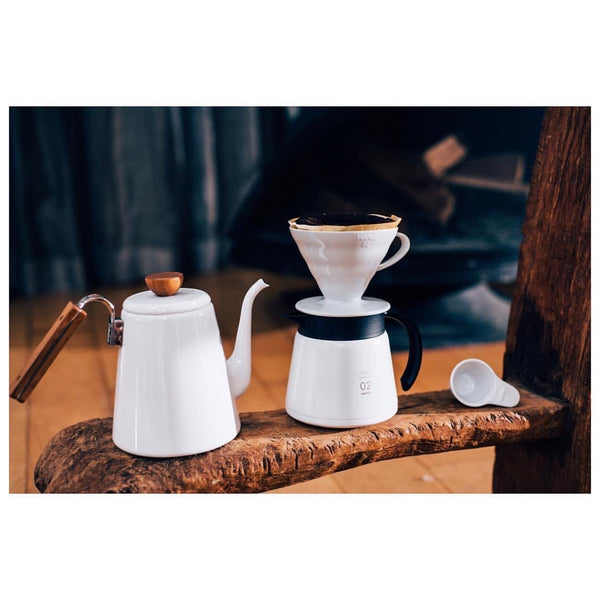 Hario V60 Insulated Stainless Steel Server 600 - White | إناء تقديم ستيل من هاريو02