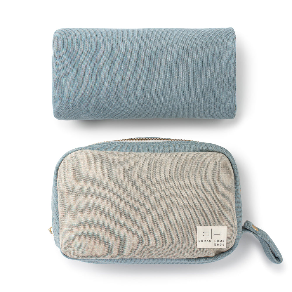 DH Transfer Flat Knit Blue Blanket with Pouch