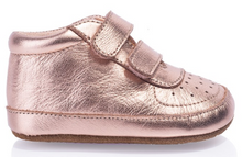 Load image into Gallery viewer, GROSBY LITTLE STEPS ROSE GOLD OR NAVY