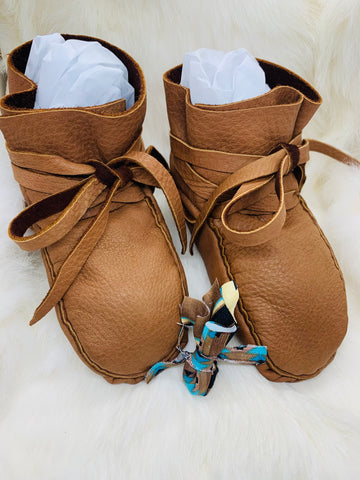 Plain Baby's First Moccasins (Wrap Around Style, No Beadwork)