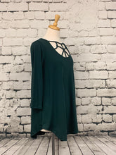 Load image into Gallery viewer, Zenana three-quarter sleeve tunic with front detail hunter green