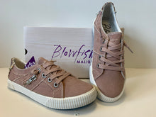 Load image into Gallery viewer, Blowfish Dirty Pink Canvas Shoe