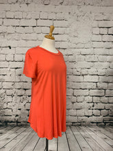 Load image into Gallery viewer, Plus size loose fit short sleeve top salmon