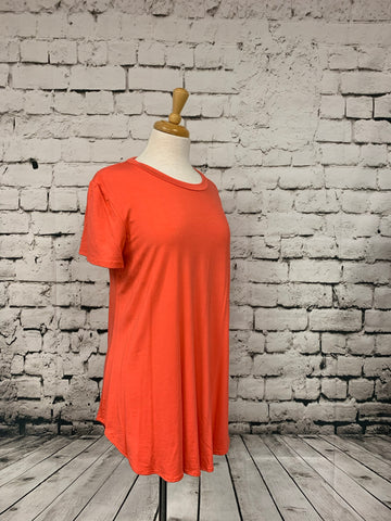 Plus size loose fit short sleeve top salmon