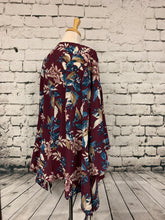 Load image into Gallery viewer, She & Sky Kimono (One Size Fits Most)