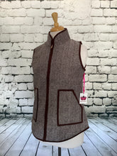 Load image into Gallery viewer, Katydid Vest (Brown)