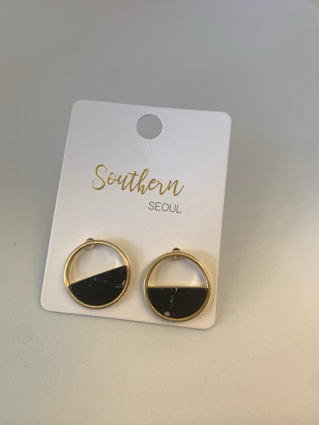 Southern Seoul Round Post Earrings with Semi Precious Stone
