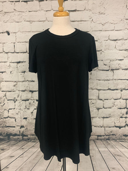 Plus Size Loose Fit Short Sleeve Top Black