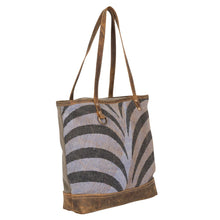 Load image into Gallery viewer, Myra Bag Trendy Affair Tote bag