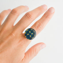 Load image into Gallery viewer, Anillo Azulejo Azul y Amarillo
