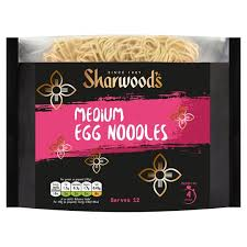 Sharwoods Medium Egg Noddles