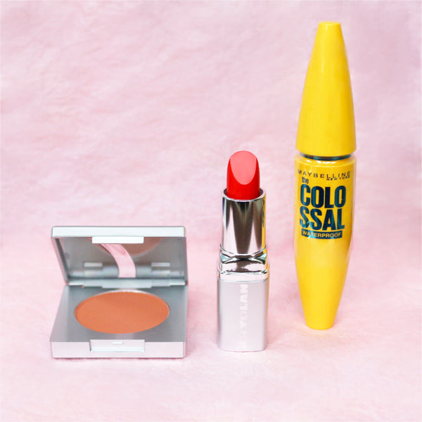cheek lip and eye makeup kit. Makeup gift set below £30. Makeup kit below £30. Orangey red lipstick blusher makeup kits