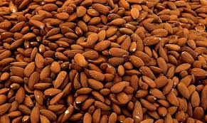almonds vitamins