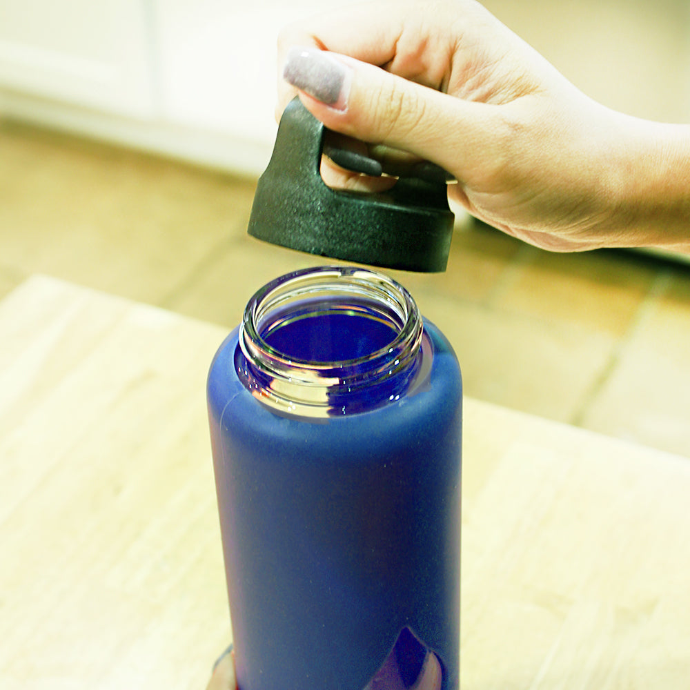 Glass Water Bottle - 750ml / 25oz - Blue