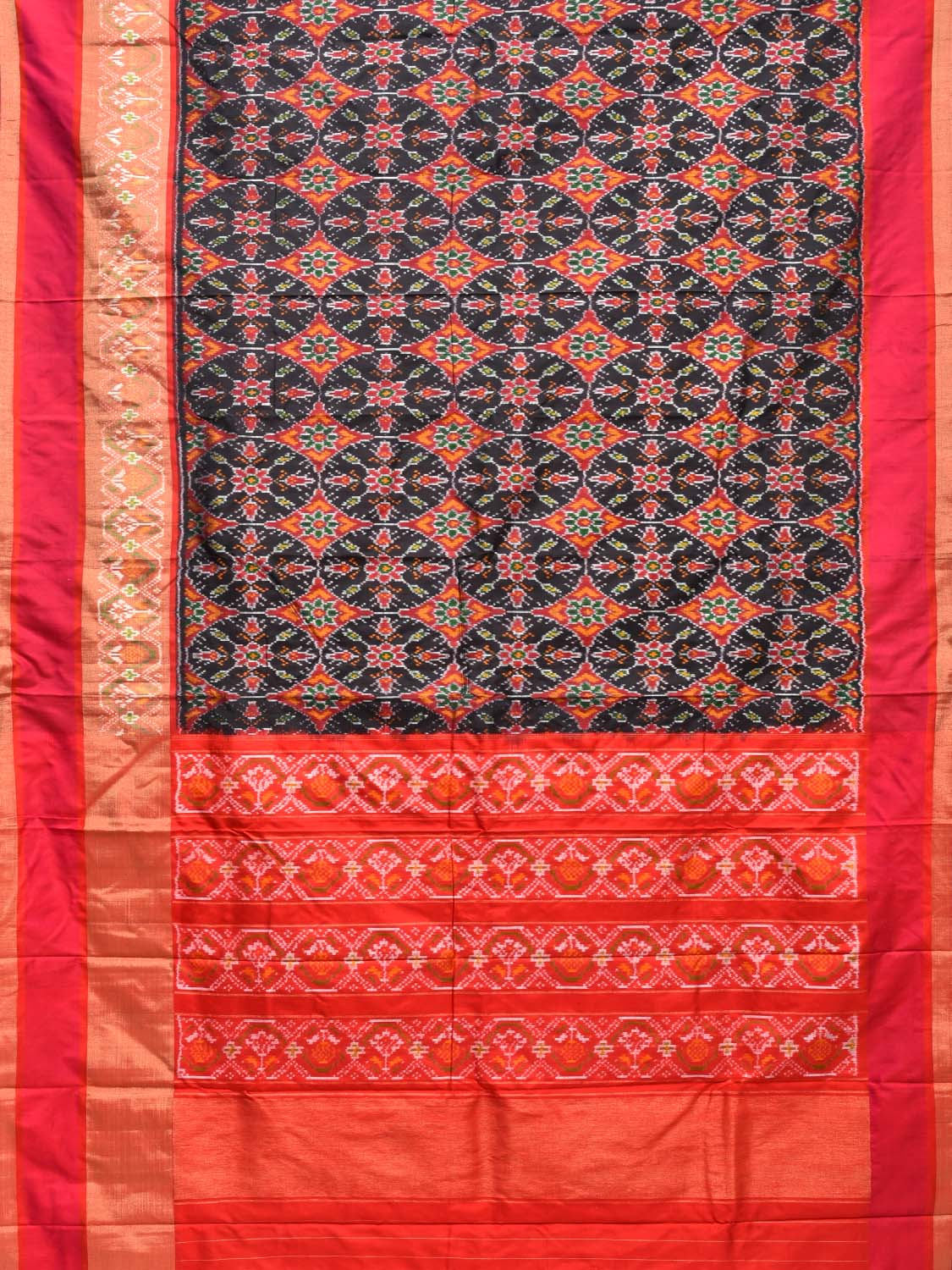 Black and Red Pochampally Single Ikat Silk Handloom Saree with All Over Design i0553