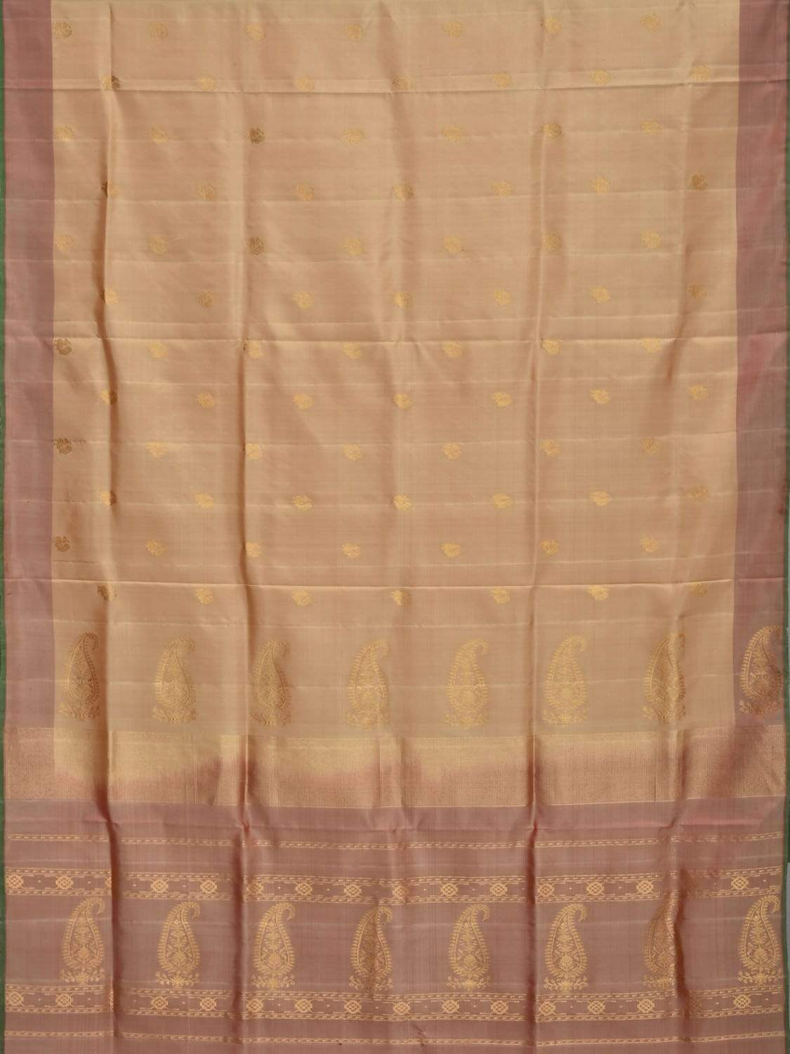Cream Gadwal Silk handloom Saree with Mango Pallu Design g0243
