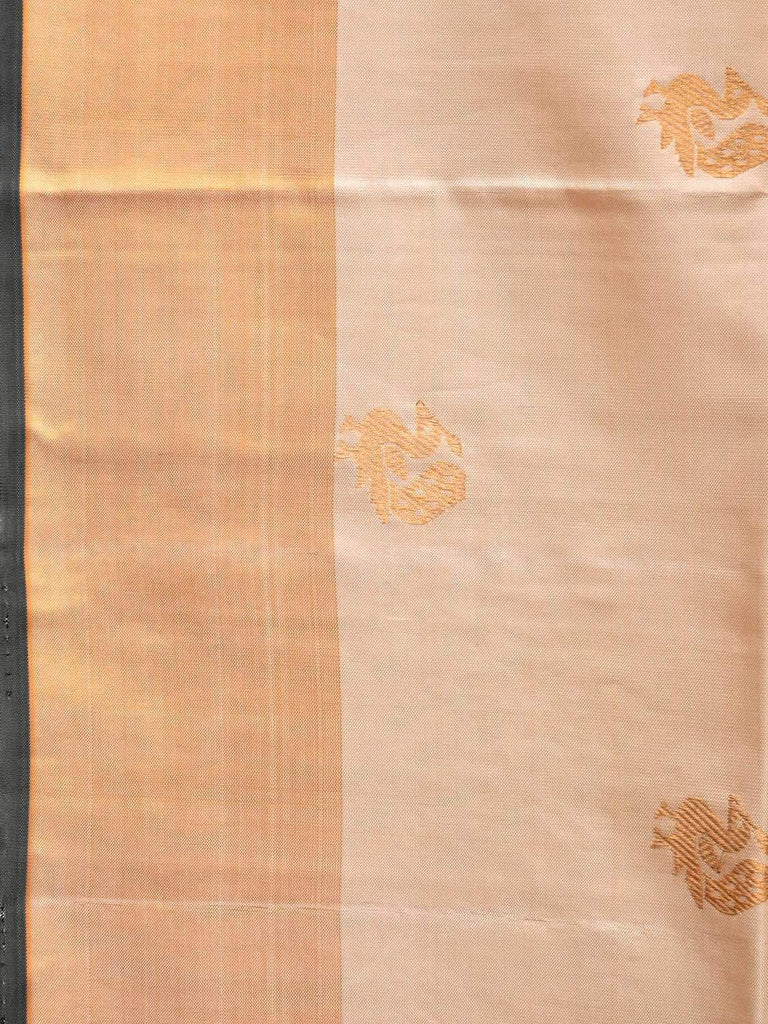 Cream Kanchipuram Silk Handloom Saree with Mango Pallu and Body Buta Design k0502