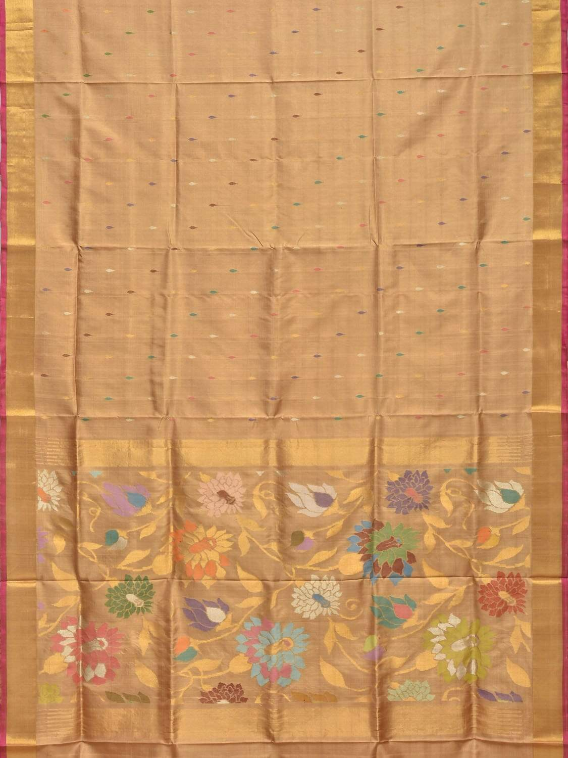 Cream Uppada Silk Handloom Saree with Flowers Pallu Design u1584