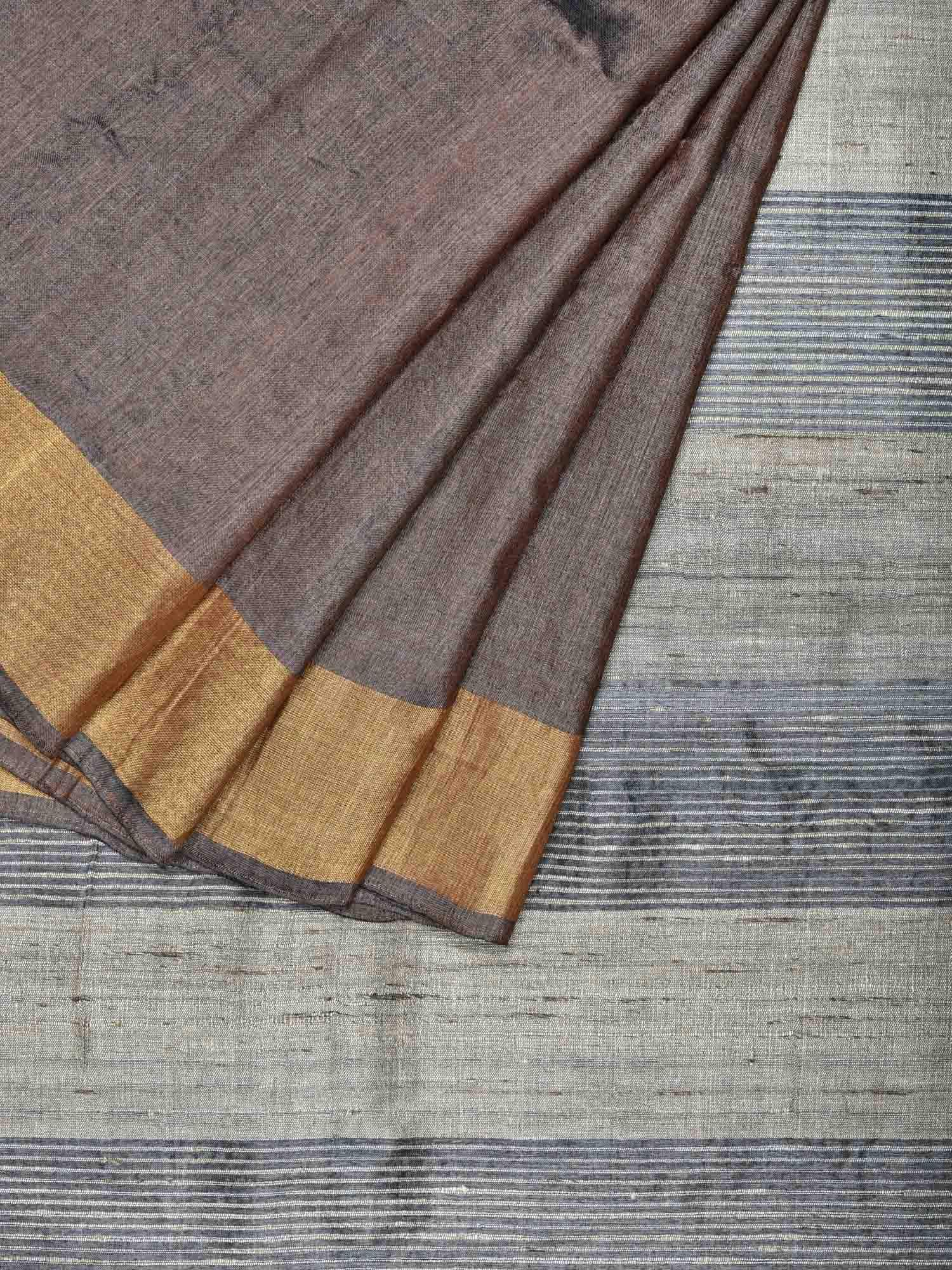 Grey Tussar Handloom Saree with Strips Pallu Design o0256