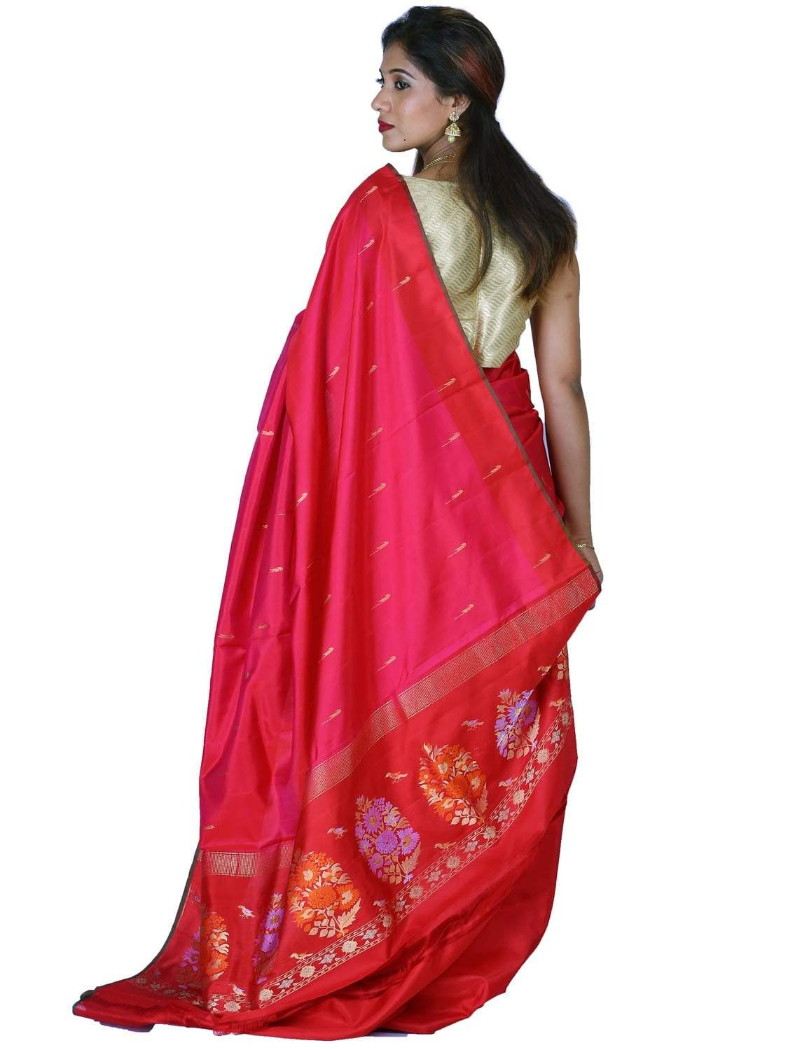 Pink and Red Silk Handloom Saree with One Side Border and Pallu Design o0269
